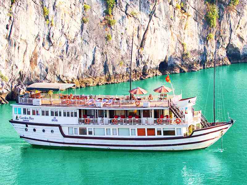 Garden Bay Luxury Cruise 3 Days 2 Nights