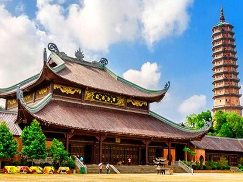 Bai Dinh Pagoda - Trang An - Mua Cave - Ninh Binh Tour 1 Day